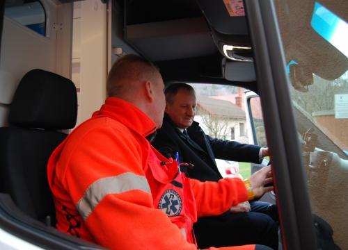 Przekazanie ambulansu dla ratowników z Rajczy 17.12.2019